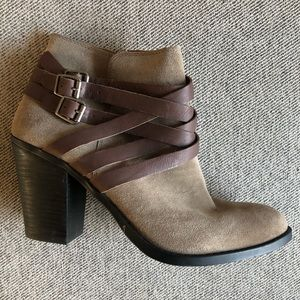 NWOT Lucky Brand Elwood Strappy Suede Ankle Boots